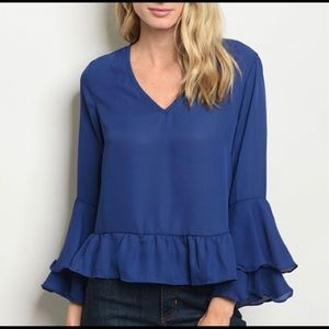 Tops - Gorgeous Blue Blouse with Belle Sleeves
